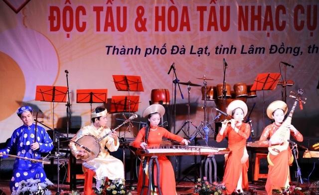 Thi độc tấu và hòa tấu nhạc cụ dân tộc tại 5 địa điểm trên cả nước - 1
