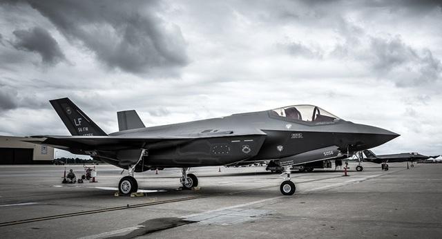 Mỹ âm thầm phát triển máy bay chiến đấu thế hệ thứ 6 - 1