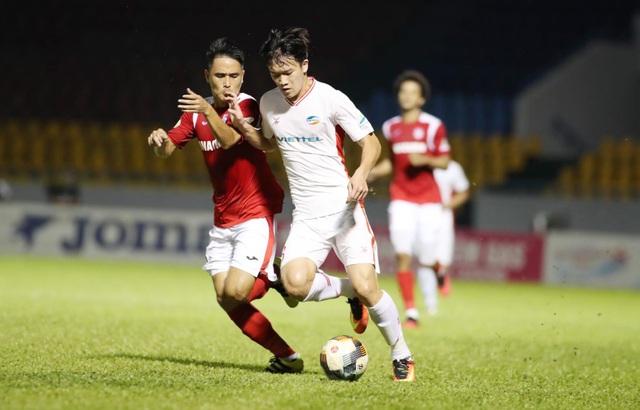 Quang Hải so tài cùng Hoàng Đức ở chung kết Cúp Quốc gia - 2
