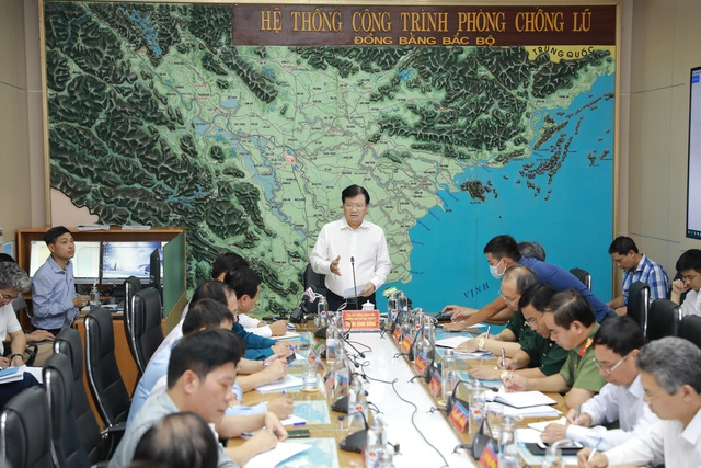 Phó Thủ tướng: Không chủ quan với cơn bão số 5 - 1