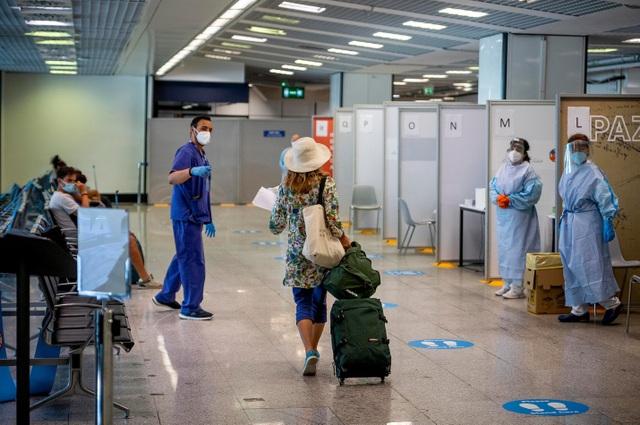 Sân bay đầu tiên trên thế giới đạt chuẩn 5 sao phòng Covid-19 - 1