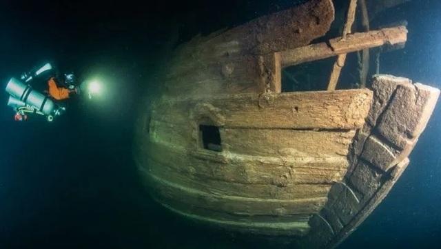 Phát hiện tàu ma 400 năm tuổi còn nguyên vẹn ngoài khơi Phần Lan - 1