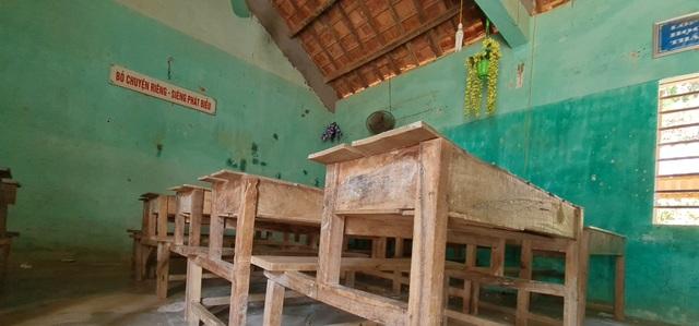 Trường sắp sập đe dọa đến tính mạng của hàng trăm học sinh, giáo viên - 19