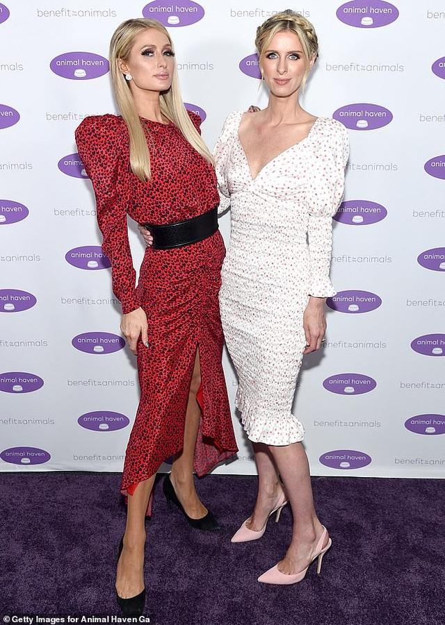 Paris Hilton bị em gái chỉ trích là tham lam - 2