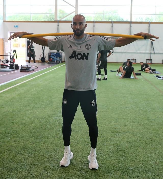 Man Utd tích cực luyện công chuẩn bị cho trận gặp Crystal Palace - 7