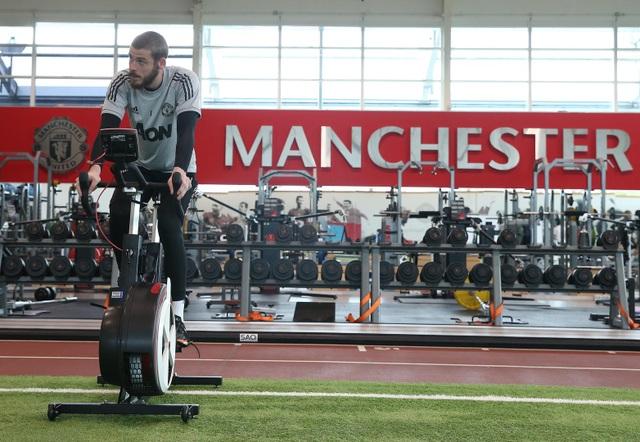 Man Utd tích cực luyện công chuẩn bị cho trận gặp Crystal Palace - 6