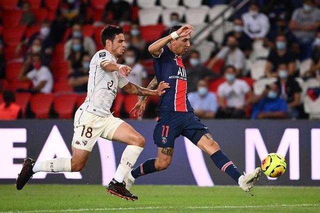 Diallo nhận thẻ đỏ, PSG may mắn giành chiến thắng phút bù giờ - 1