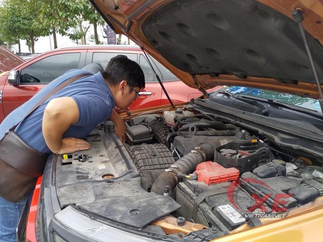 Điều gì xảy ra khi xe hết sạch dầu máy mà không biết? - 2