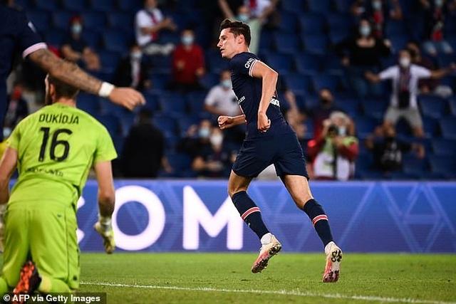 Diallo nhận thẻ đỏ, PSG may mắn giành chiến thắng phút bù giờ - 3