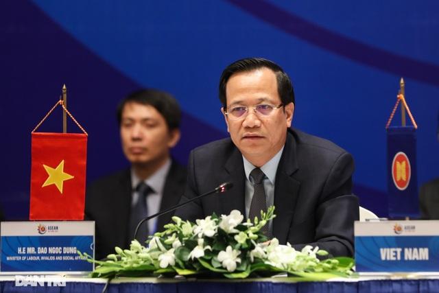 Bộ trưởng Đào Ngọc Dung: Thế giới việc làm đang thay đổi không ngừng - 2