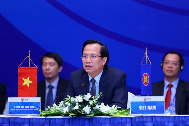 Bộ trưởng Đào Ngọc Dung: Thế giới việc làm đang thay đổi không ngừng - 1