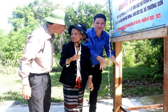 Xây dựng công trình nước sạch hỗ trợ đồng bào dân tộc nơi biên giới - 2