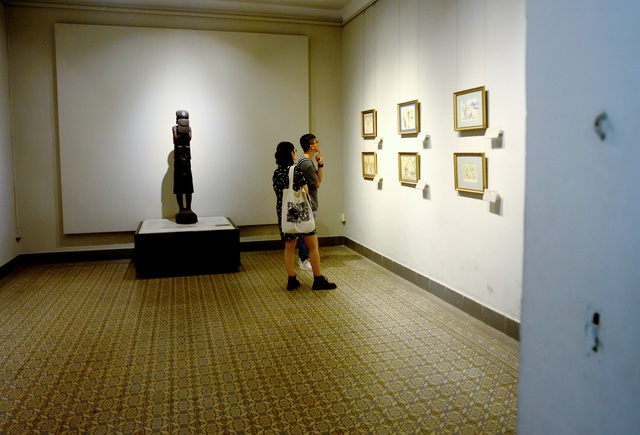 Bảo tàng Mỹ thuật bị nứt, lún.jpg