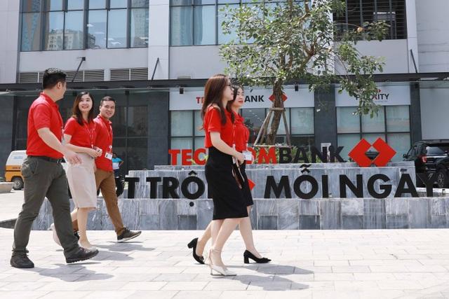 """Văn hóa doanh nghiệp và bước chân """"thần tốc"""" của Techcombank - 1"""