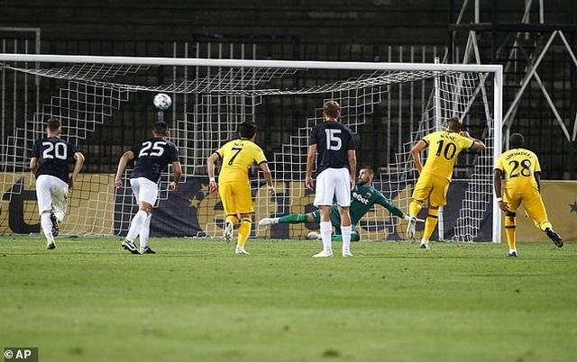 HLV Mourinho chạm mốc 100 trận thắng ở Cúp châu Âu - 7