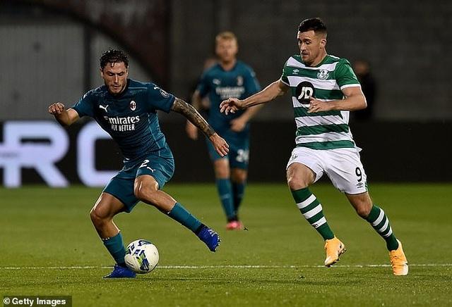 Ibrahimovic ghi bàn giúp AC Milan đi tiếp ở Europa League - 1