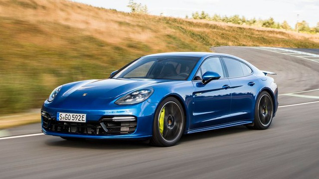 Điểm danh 10 mẫu xe nhanh nhất của Porsche - 5