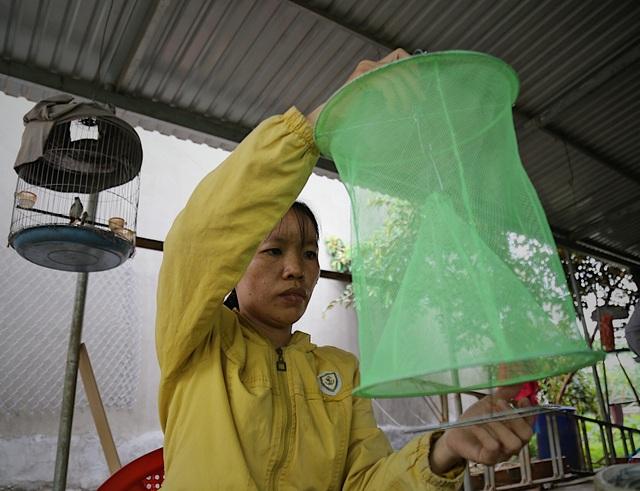 Kỹ sư 9x chế máy sản xuất bẫy ruồi, tạo việc làm cho nhiều người - 11