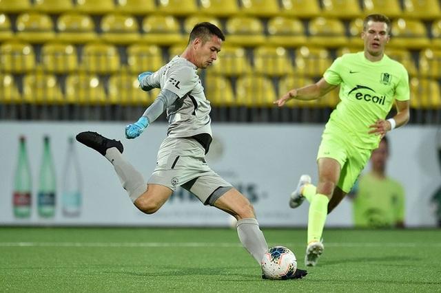 Filip Nguyễn góp công giúp Slovan Liberec thắng đậm ở Europa League - 1