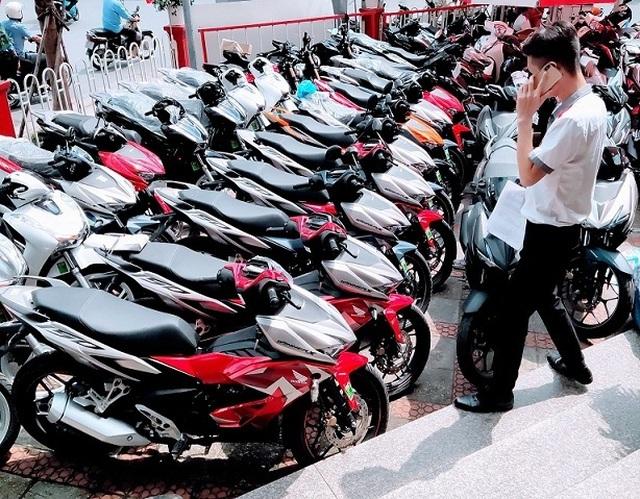 Honda Winner X: Đi tìm lý do rớt giá không phanh - 1