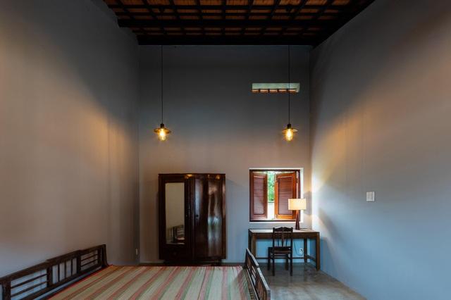 Nhà gỗ truyền thống như biệt phủ xưa của gia đình 3 thế hệ ở Nam Bộ - 10
