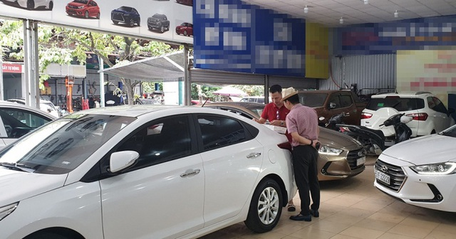 Đủ chiêu trò lừa mua ô tô cũ giá cao - 1