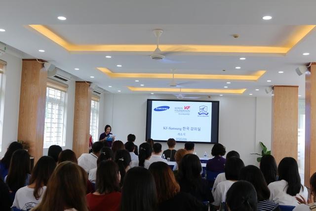 ĐH Ngoại ngữ - ĐHQGHN khánh thành phòng học do đối tác Hàn Quốc tài trợ - 1