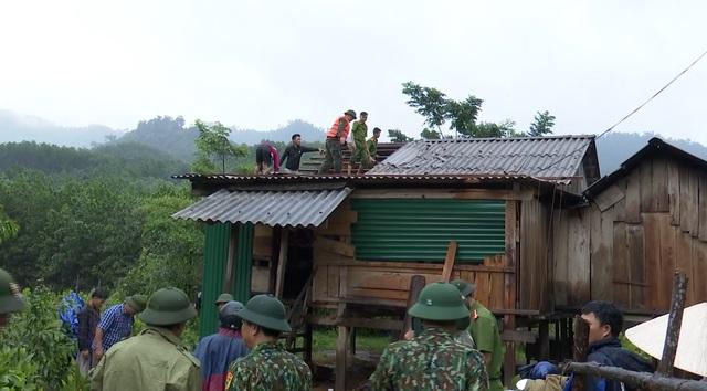 Mưa lớn sau bão số 5 khiến hơn 3.000 người ở Quảng Bình bị chia cắt - 4