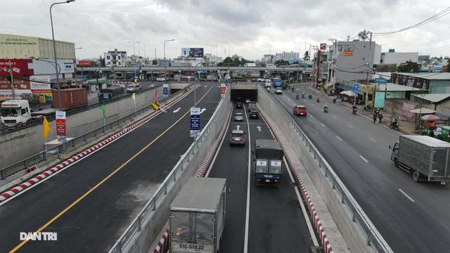 TPHCM khánh thành nút giao thông 3 tầng ở cửa ngõ Tây Bắc - 8