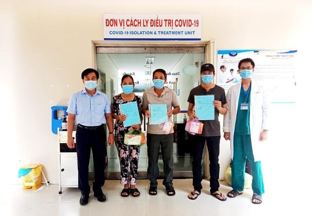 Thêm 3 ca mắc Covid-19 ra viện, Quảng Nam còn 7 bệnh nhân - 1
