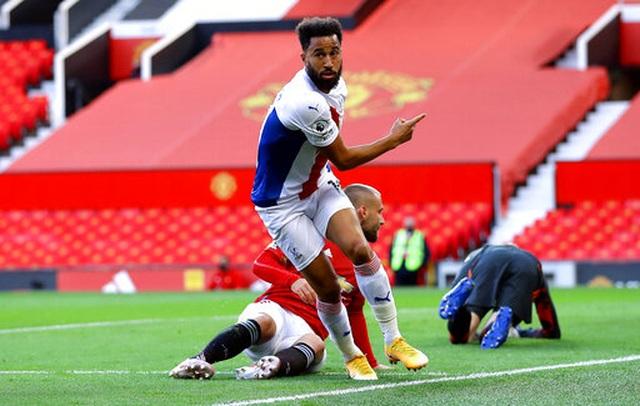 Man Utd 1-3 Crystal Palace: Điểm sáng nhỏ từ Van de Beek - 12