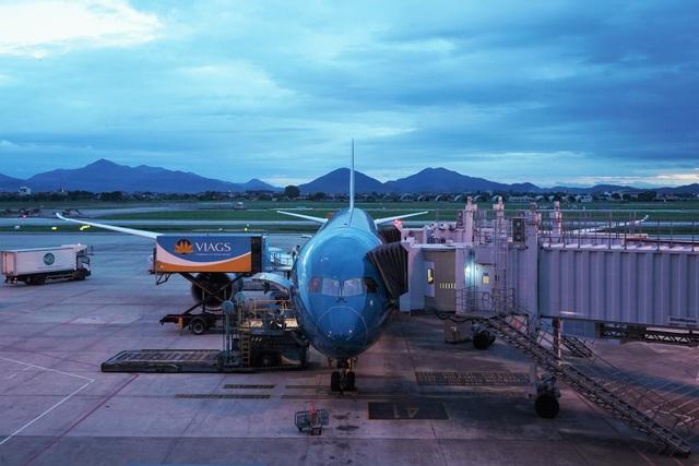 Chuyến bay đầu tiên khai thác thương mại quốc tế sau 6 tháng tạm dừng - 3