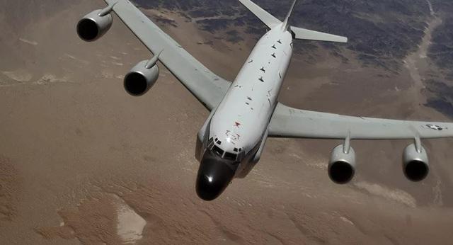 Mỹ lên tiếng về nghi vấn trinh sát cơ giả dạng máy bay dân sự ở Biển Đông - 1