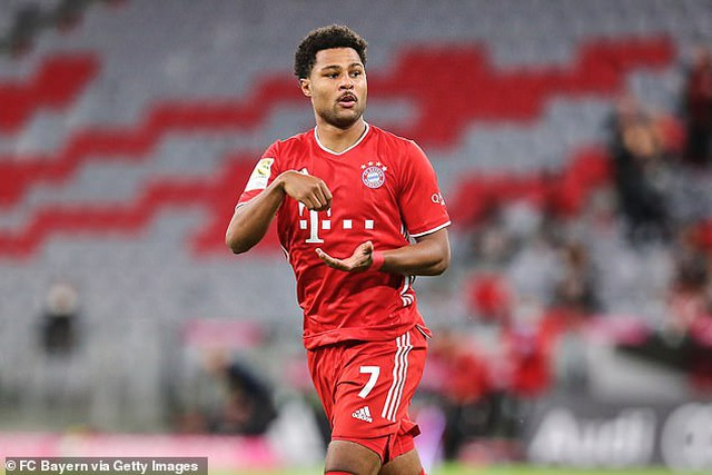 Bayern Munich thắng Schalke 8-0 ở ngày mở màn Bundesliga - 1
