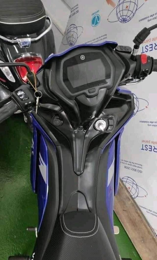 Yamaha Exciter 155 VVA tiếp tục lộ ảnh dù sang 2021 mới bán tại Việt Nam - 2