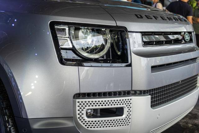 Land Rover Defender giá từ 3,85 tỷ - SUV cho đại gia Việt thích khám phá - 6