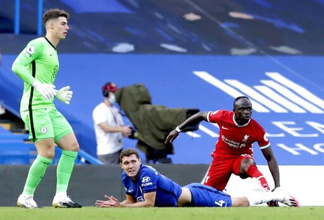 Chelsea 0-2 Liverpool: Kepa tặng bàn thắng cho Mane - 8