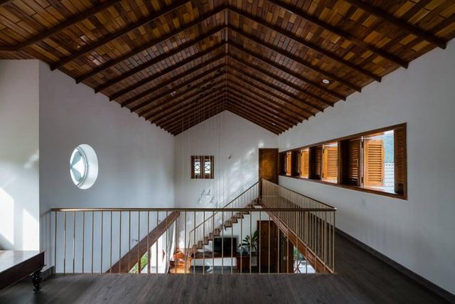 Ngôi nhà đẹp như resort con trai xây tặng bố mẹ giữa đồng quê ở Bình Định - 9