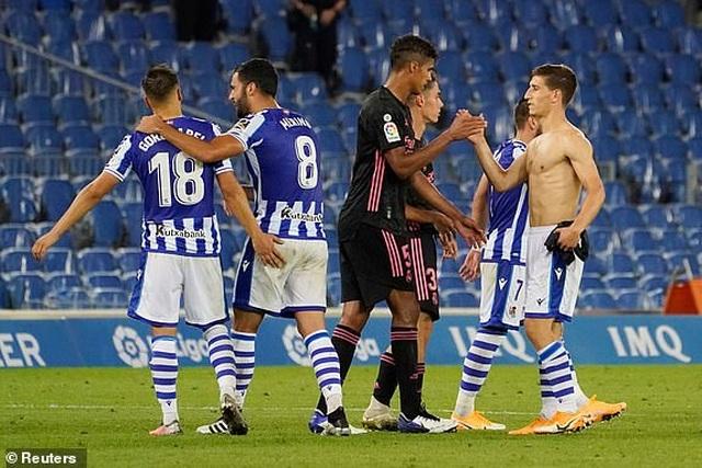 Real Madrid hòa thất vọng ở trận mở màn La Liga - 8
