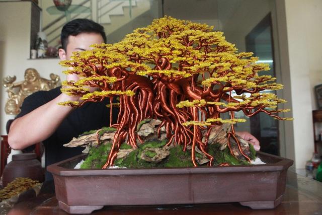 """Chiêm ngưỡng """"siêu cây"""" làm từ dây đồng, gắn hạt cườm, lớn nhất Việt Nam - 3"""