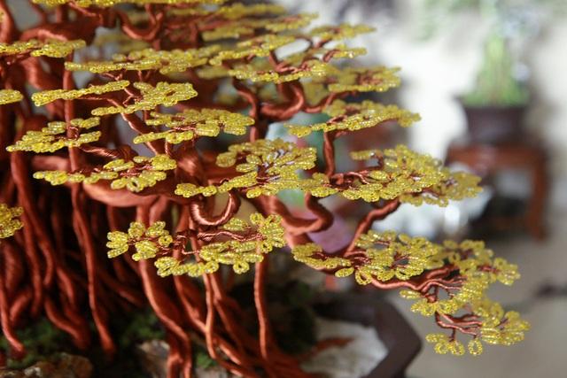 """Chiêm ngưỡng """"siêu cây"""" làm từ dây đồng, gắn hạt cườm, lớn nhất Việt Nam - 7"""