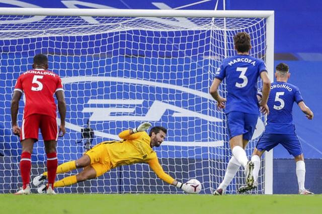 Chelsea 0-2 Liverpool: Kepa tặng bàn thắng cho Mane - 4