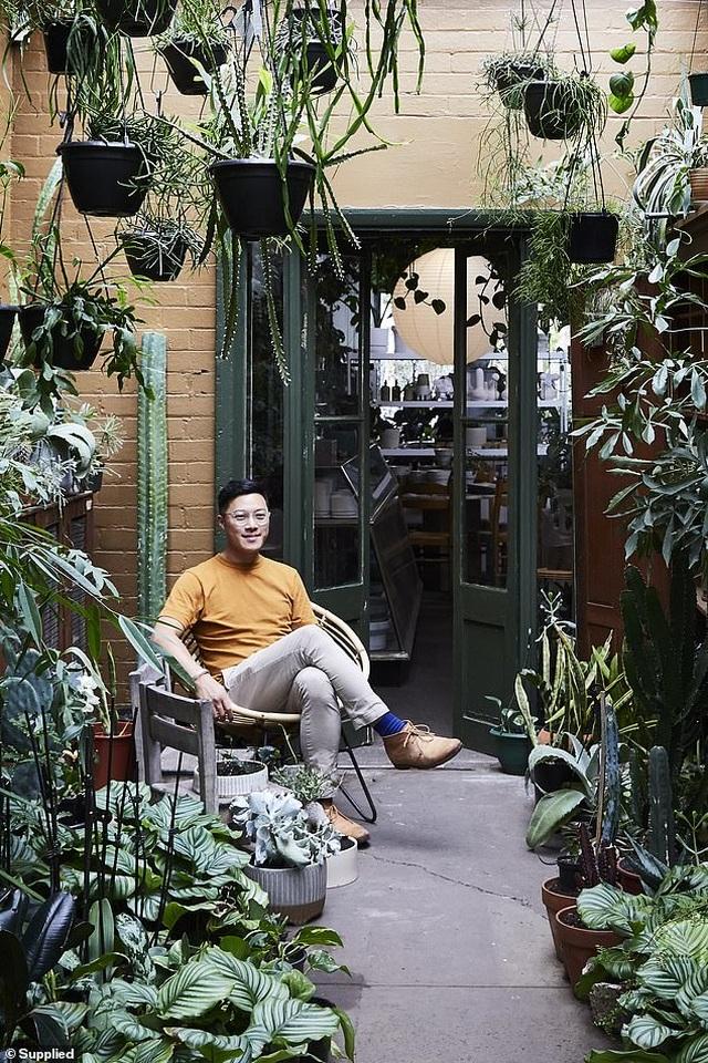 """Chàng trai Australia biến ngôi nhà thành """"rừng nhiệt đới"""" - 4"""