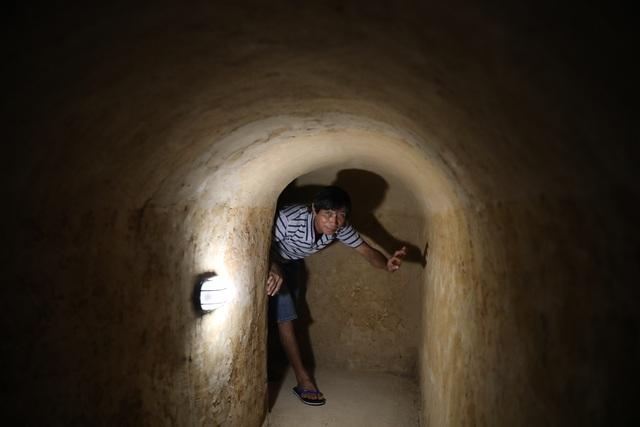 Bí ẩn căn hầm nuôi giấu cán bộ đào trong nhà dân - 5