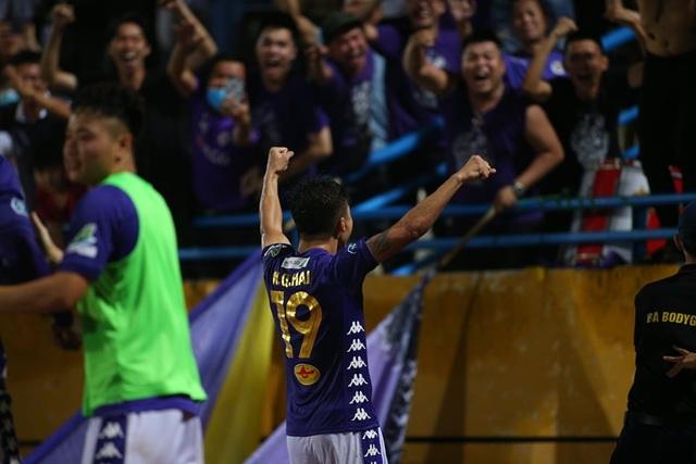 V-League trở lại sau dịch Covid-19, nhiều đội bóng mở cửa đón khán giả - 1