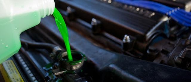Thiếu nước làm mát gây nguy hại cho ô tô như thế nào? - 4