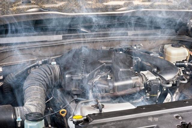 Thiếu nước làm mát gây nguy hại cho ô tô như thế nào? - 3