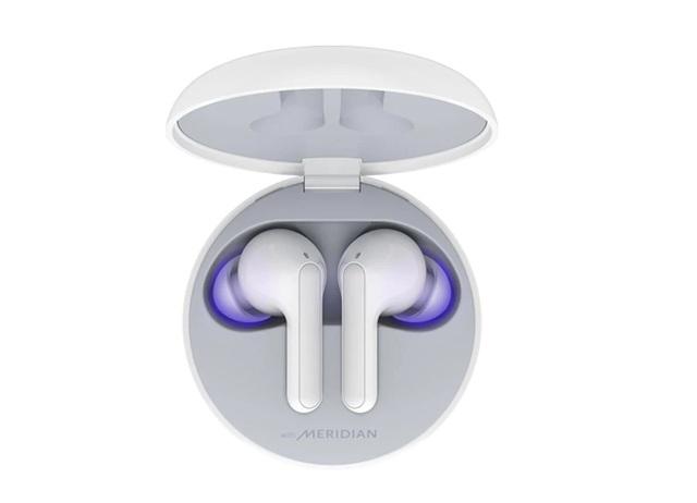 LG ra mắt tai nghe không dây có hộp sạc tích hợp đèn khử trùng tại Việt Nam - 1