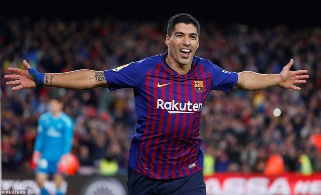 Những khoảnh khắc đáng nhớ của Luis Suarez cùng Barcelona - 5