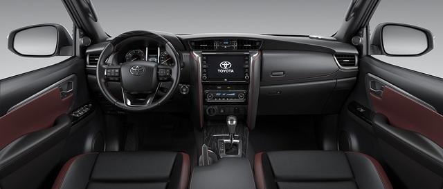 Pajero Sport 2020 sắp về Việt Nam có gì để đấu với Toyota Fortuner mới? - 4